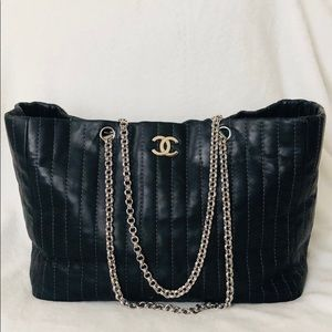 CHANEL Calfskin Vertical Quilted Mademoiselle Tote